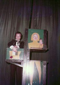 Sacrificio di una Mamma - Teatro augusteo - 1975 - il Mago Silvan